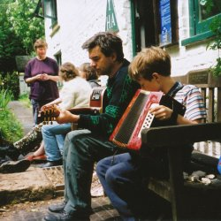 Music al fresco with Neil Poole at Tanners Hatch in 2003